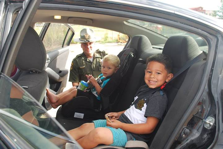 What did a Wyoming Highway Patrol Trooper give out instead of a ticket?