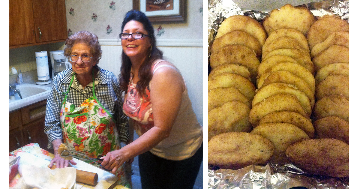 Christmas Cookie Contest – Bizcochitos Served with Hot Chocolate