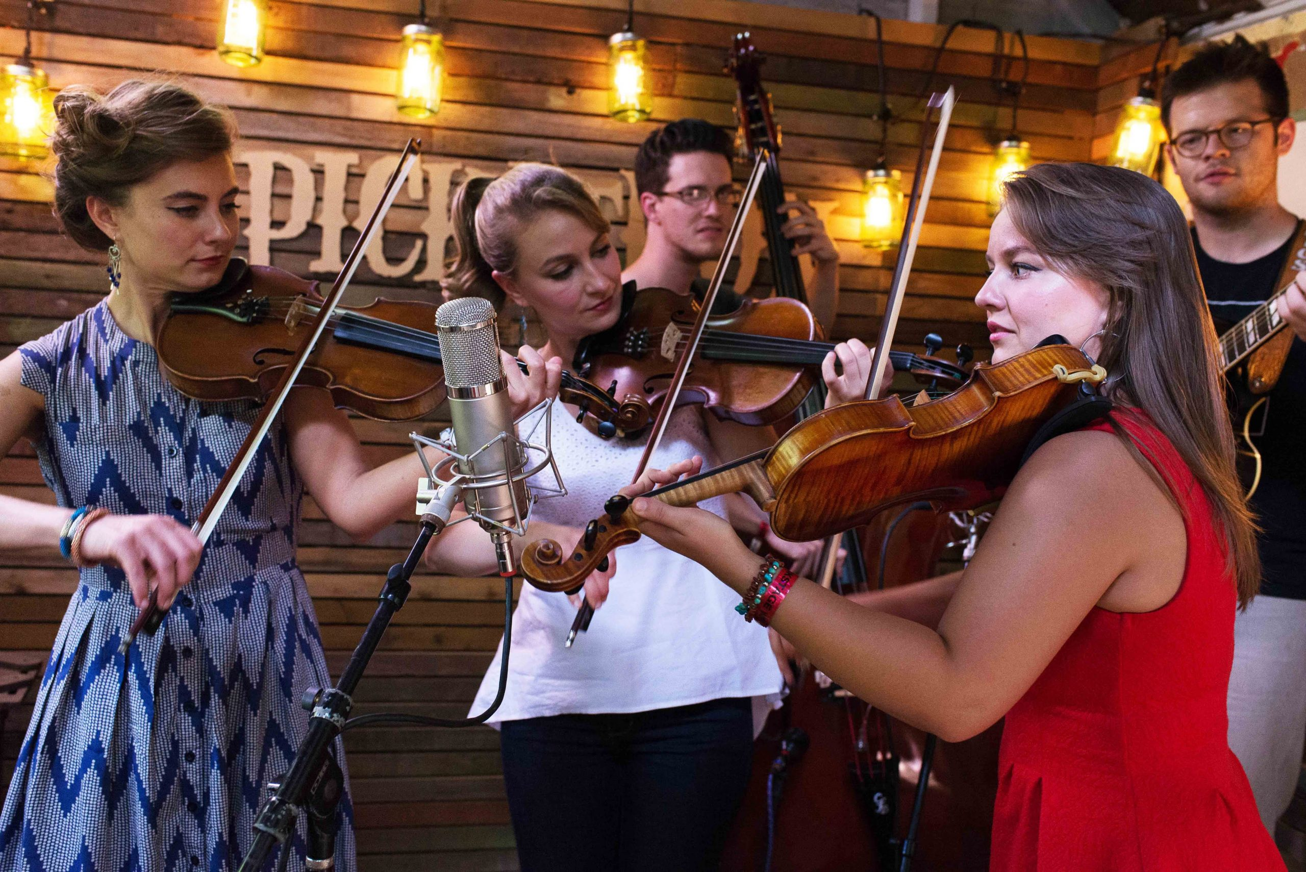 The Quebe Sisters Swing Into Pinedale April 14