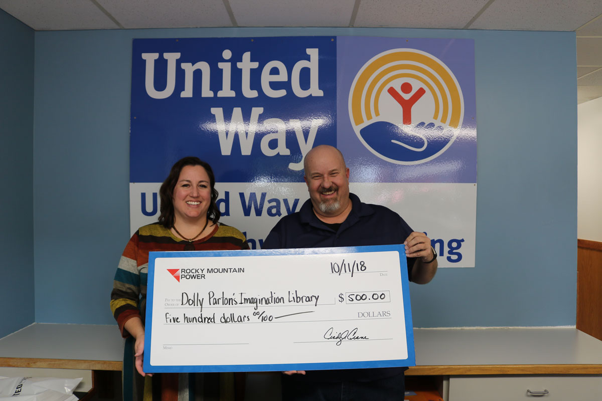 Rocky Mountain Power Provides Grant for Dolly Parton's Imagination Library in Southwest Wyoming