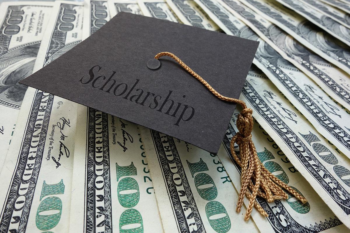 Three Local Students Earn Memorial Hospital Scholarships