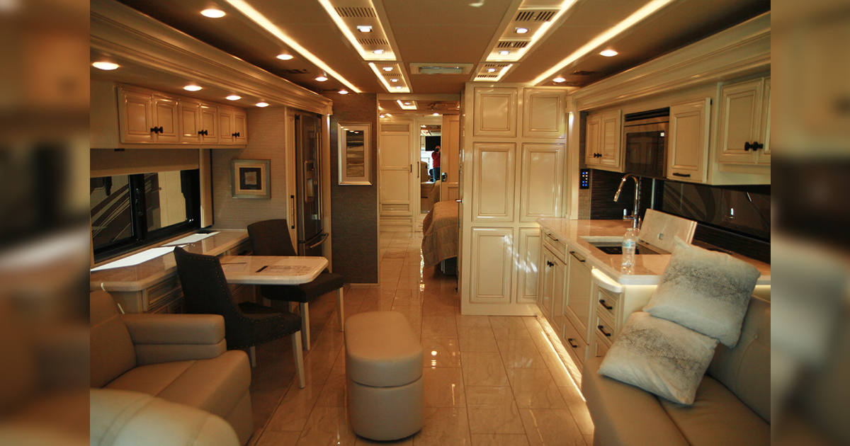 PHOTOS: Tiffin Allegro RV Rally Brings All the Comforts of Home to the Road