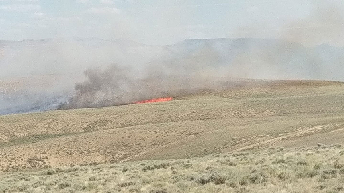 Fire South of Green River Burns Close to 100 Acres