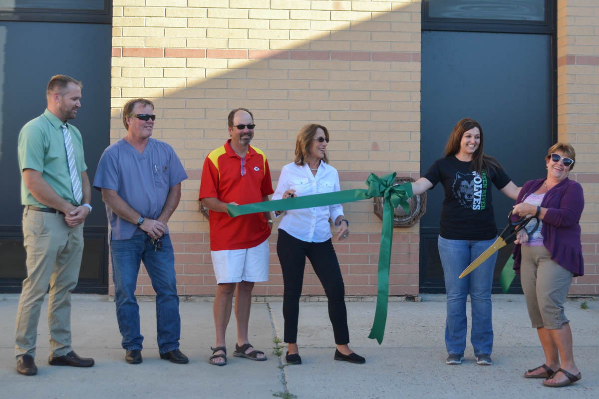 Lincoln Middle School Hosts Open House to Show Off Renovations [PHOTOS]