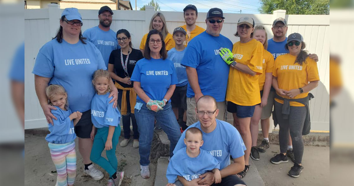 YWCA Thanks United Way Helping Hands Day Volunteers