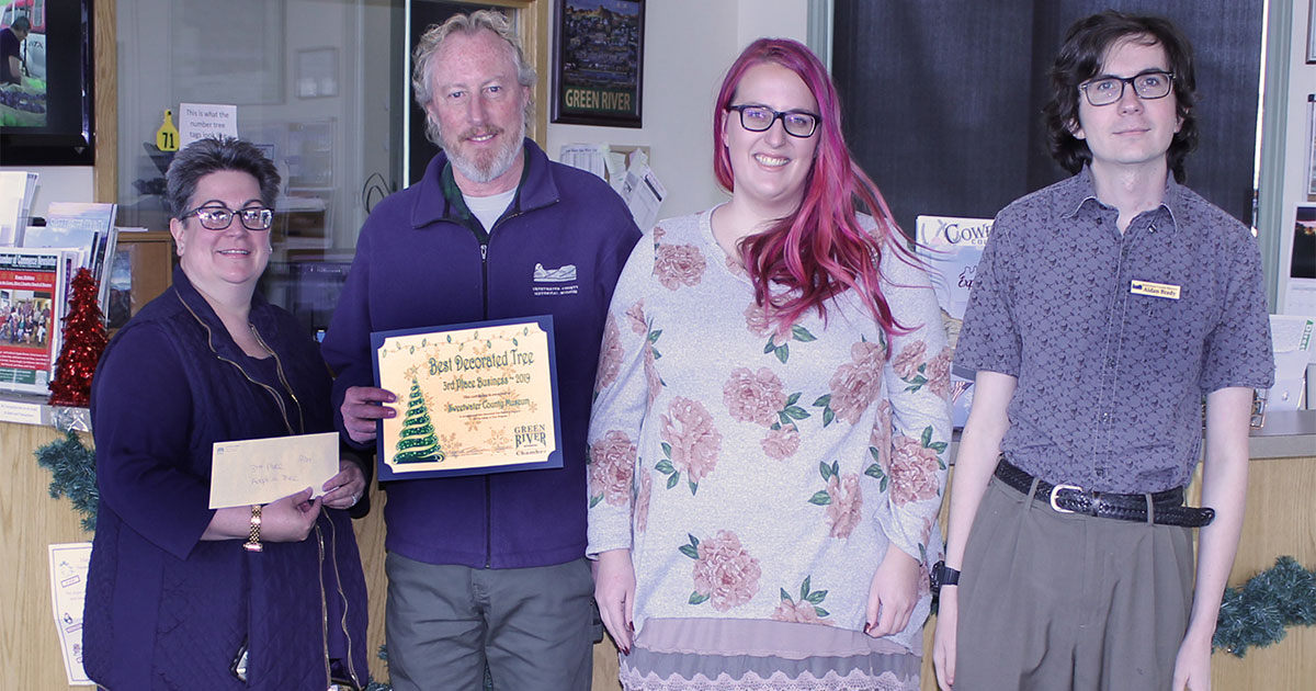 Museum Team Wins Tree Lighting Award