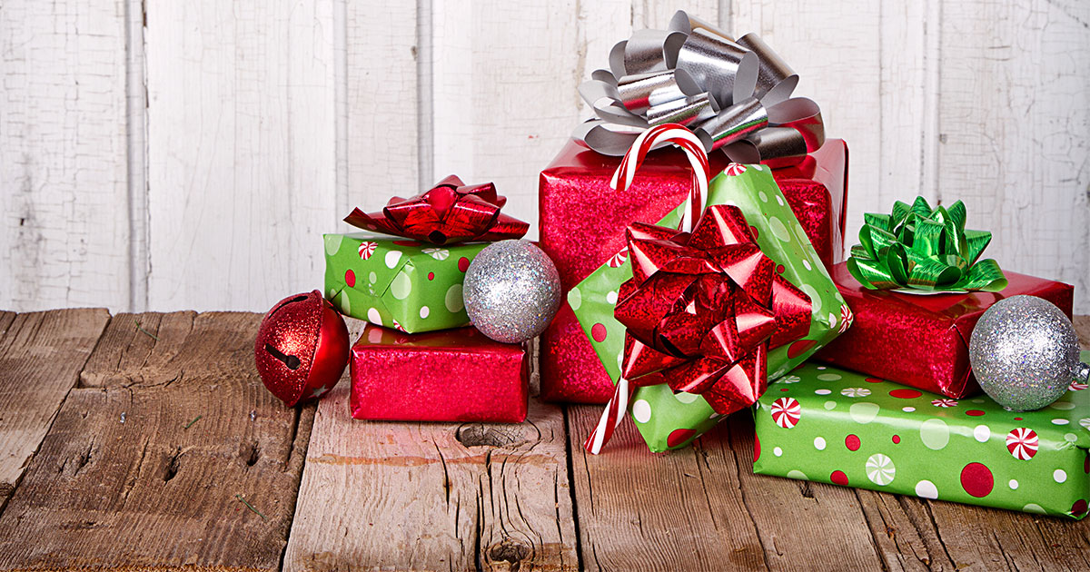 Holiday Gift Wrapping Supports Caregiver Program at Rock Springs Young at Heart