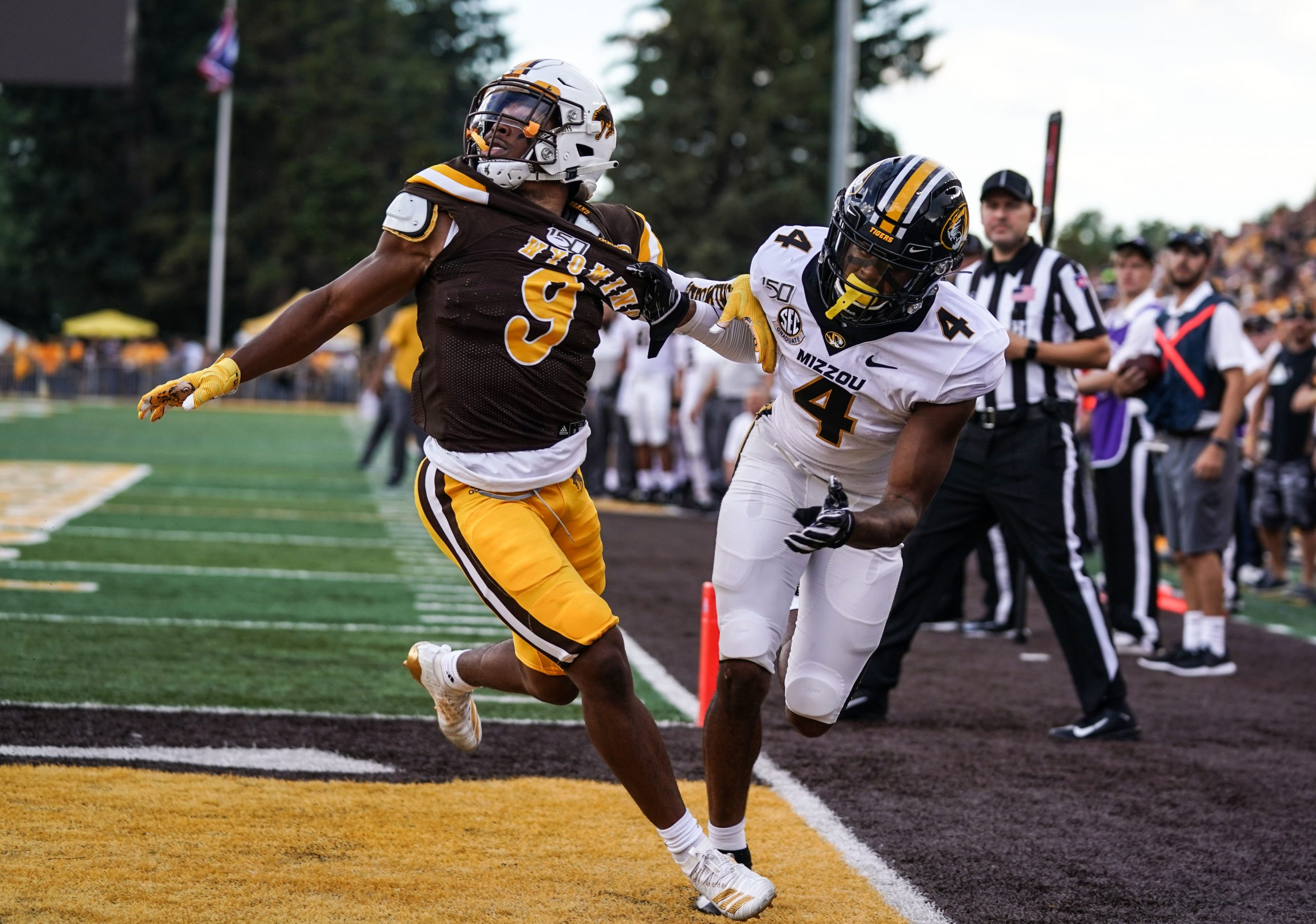 Tyler Hall to Play in NFLPA Collegiate Bowl