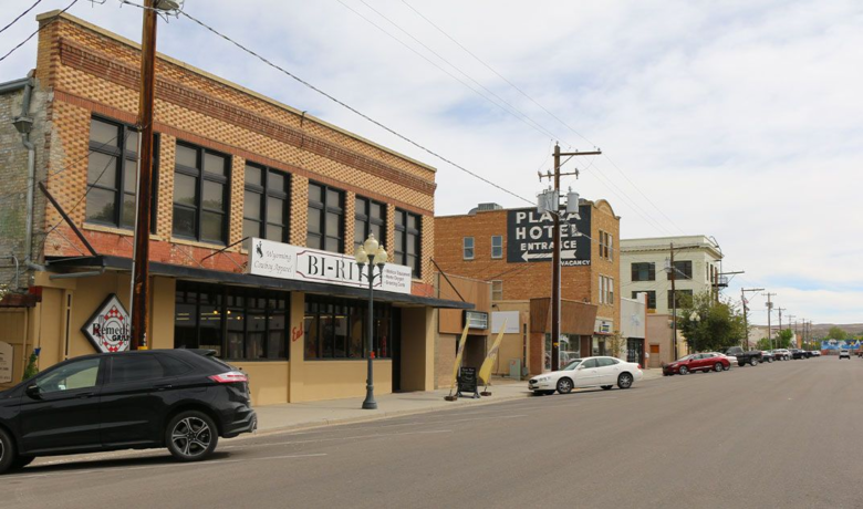 Sweetwater County Unemployment Rate Drops Slightly in March