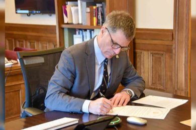 Executive Order Directs State Agencies to Examine Impacts of Federal Oil and Gas Lease Ban