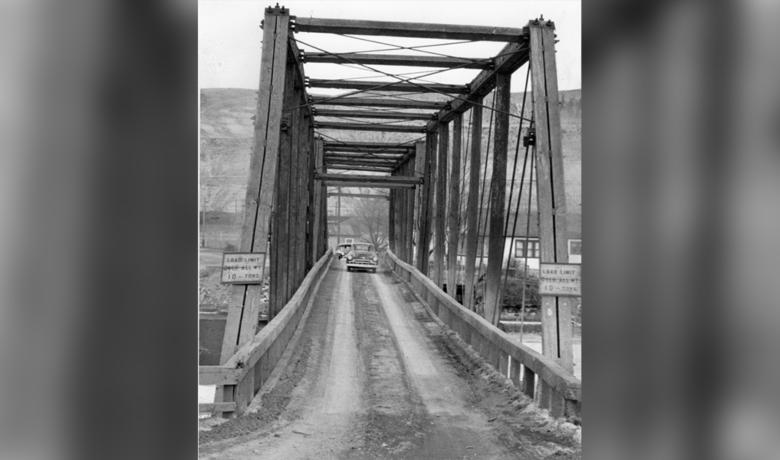A Short History on Green River's Wagon Bridge