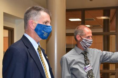Governor Gordon Won't Implement Mask Mandate for Schools