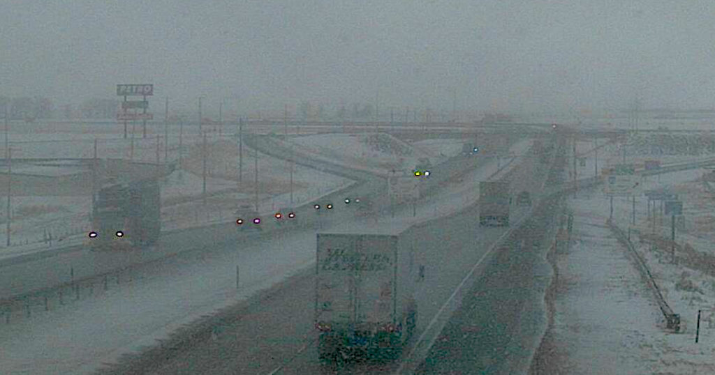 High Winds, Blowing Snow to Impact Wyoming Roads Over Weekend