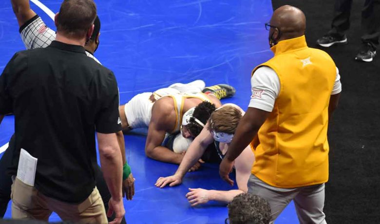 UW Wrestler Finishes Eighth at NCAA Championships