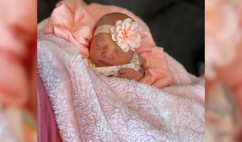 Birth Announcements: Everleigh Grace Taylor