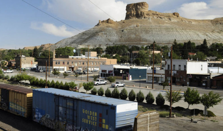 Unemployment Rate Falls in Sweetwater County in July
