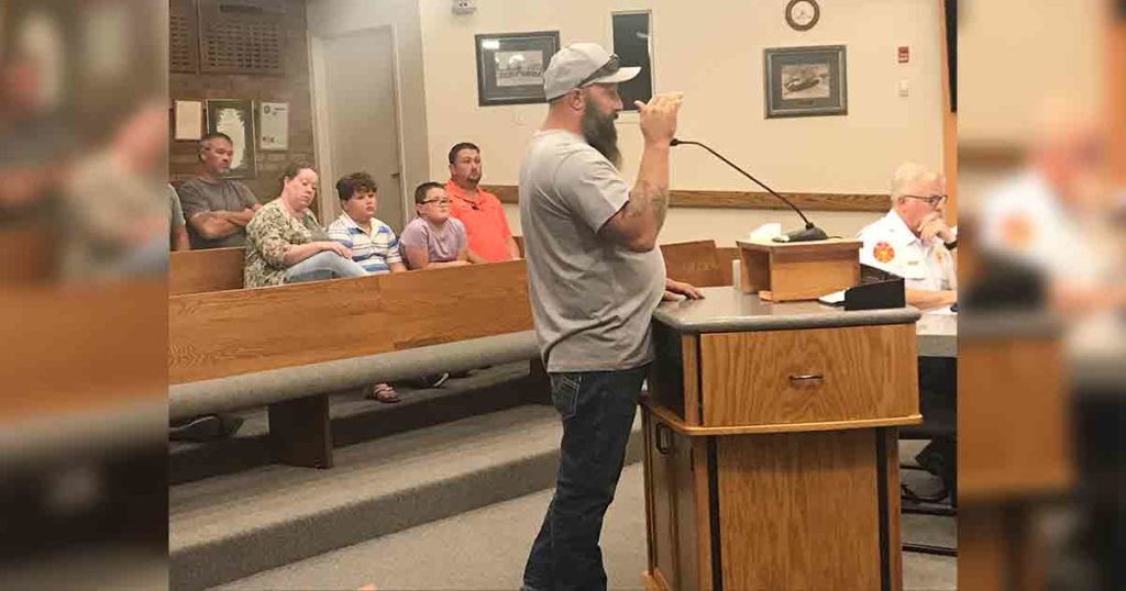 Emotional Residents Share Flooding Stories with RS City Council