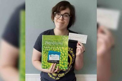 Western Students Receive Grant from  Woman's Club of Rock Springs