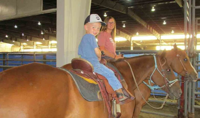 Barrel Racers Post Great Times as They Head toward Finals